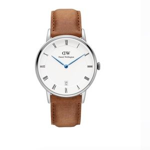 Daniel Wellington Dapper brown leather watch